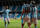 Eugenio Mena da exquisita asistencia en triunfo de Racing ante Boca por Libertadores